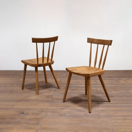 Handmade Windsor style chair by Germán Peraire in Barcelona